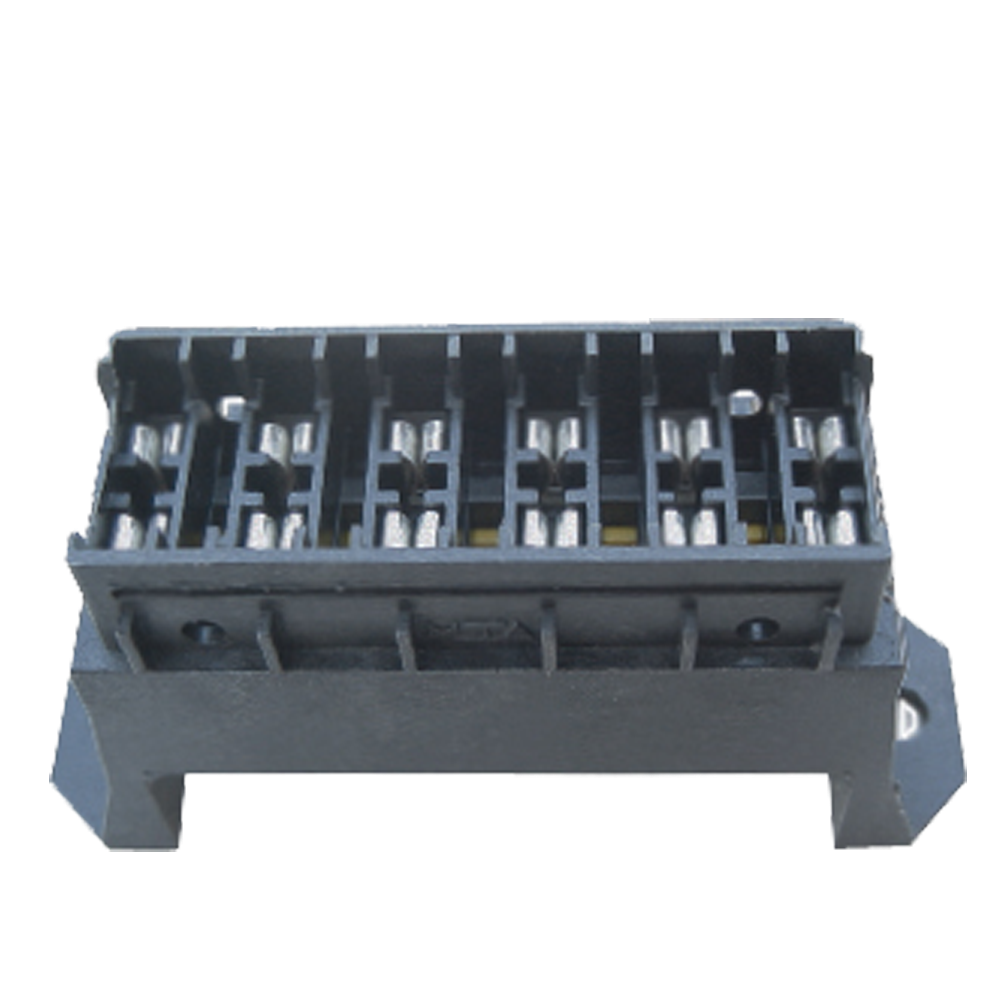 Auto Consumables Blade Fuse Box 6 Way Spp 304 D